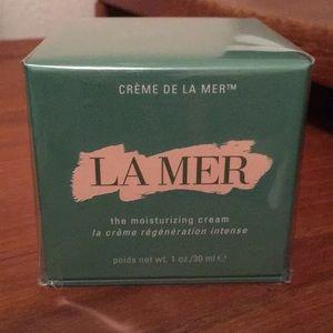 Brand new in box La mer original cream (1oz)
